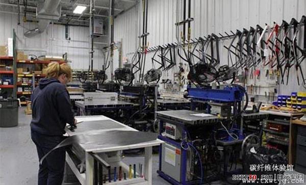 TREK碳纤维自行车怎么做的