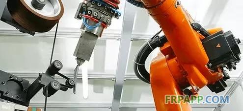 机器人在复合材料制造业中的作用